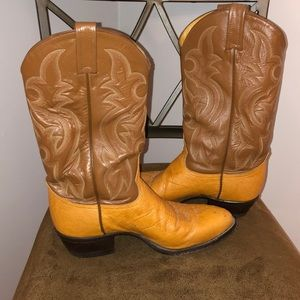 Tony Lama smooth ostrich skin Western Boots.